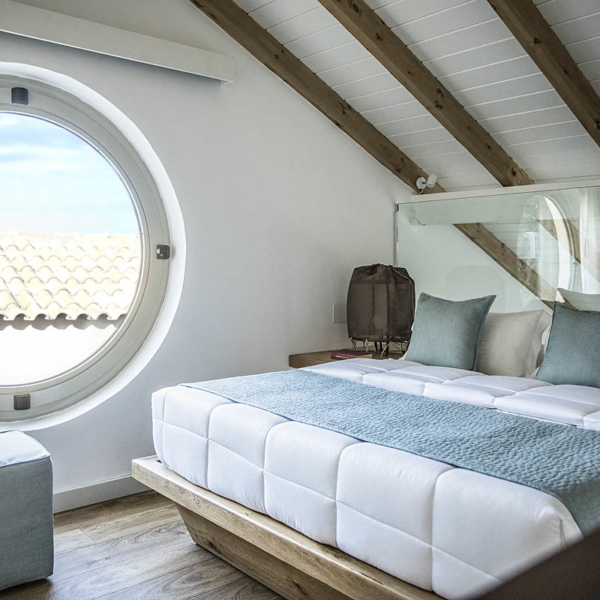 Family Rooms 2 bedrooms Maisonette Style Sea View