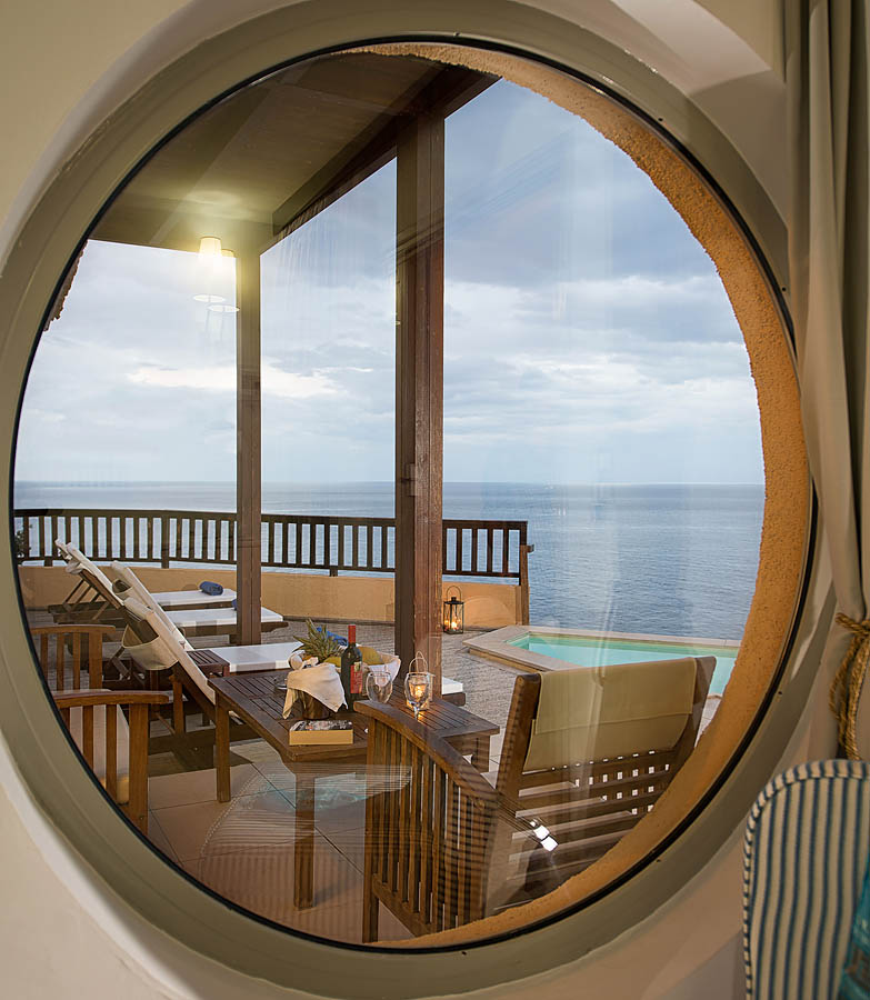 Family Rooms 2 bedrooms Sea View with independent pool