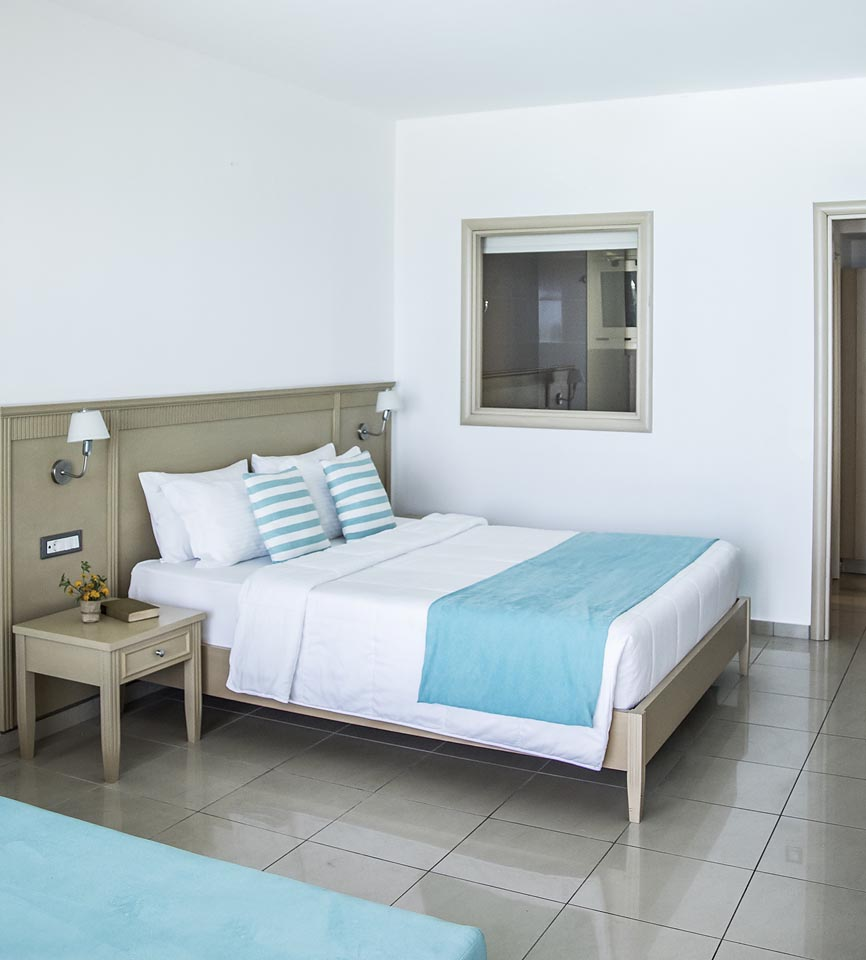 Superior Double Edit Sea View & sharing pool access