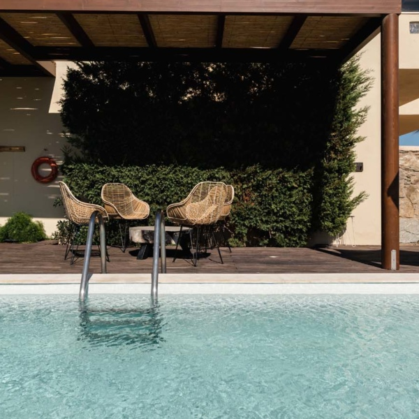 Suite with Independent pool terace 11