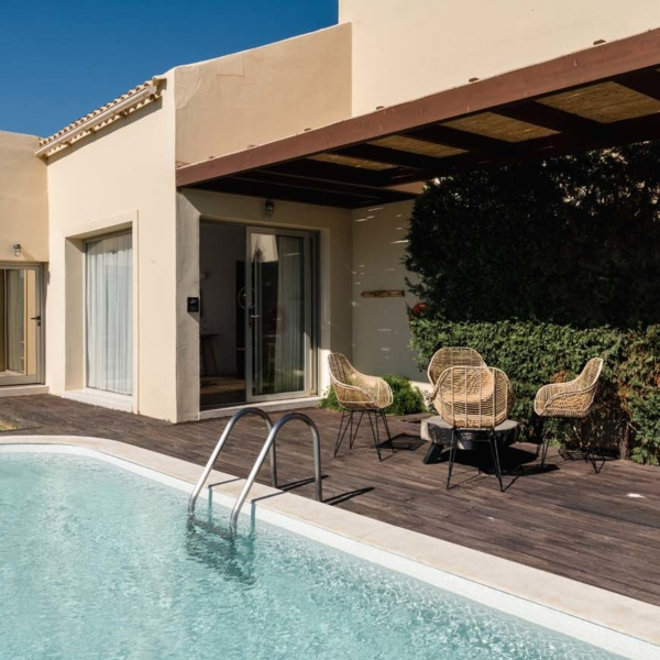 Suite with Independent pool terace 12
